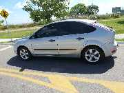Vendo Ford focus  completo